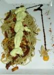 Espaguettis con tempe y salsa de aguacate